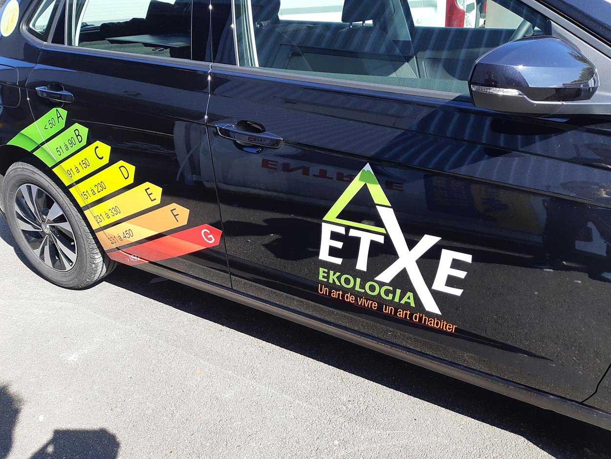 Maré Design vous propose son service flocage véhicule Bayonne, Tarbes, Toulouse, Bordeaux, Mont de Marsan, Lourdes et Pau.
